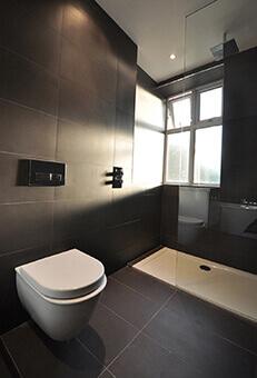 Holmbush court bathroom