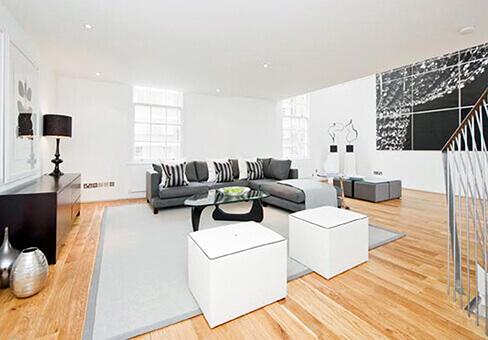 Ladbroke Road property lounge area